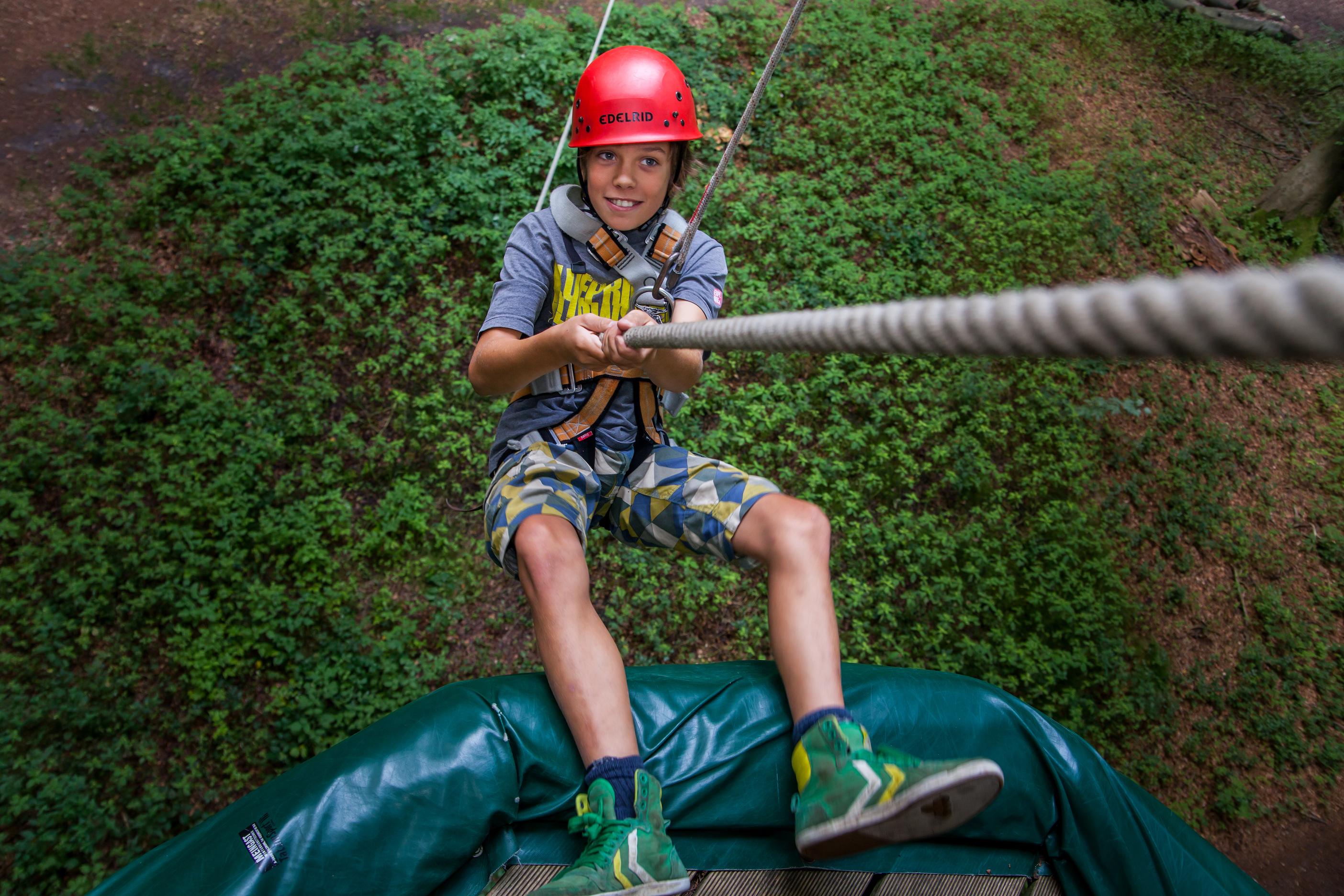 Kletterpark Hochseilgarten schnurstracks