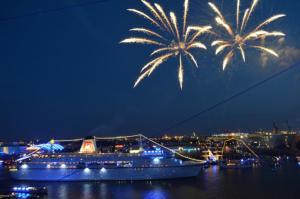 Feuerwerk am Hamburger Hafen genießen
