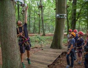 Einweisung im Schnurstracks Kletterpark Rietberg Hamburg-Sachsenwald